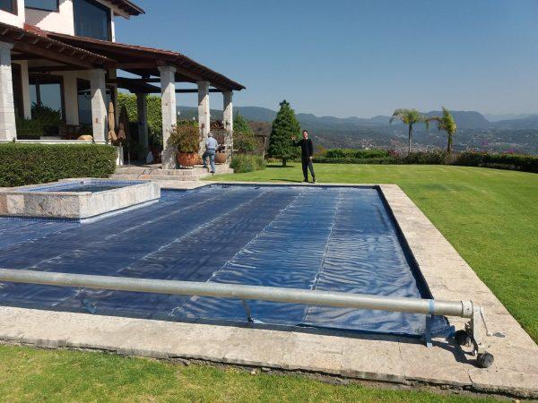 Alberca con sistema de calentadores solares - Sunway Solar